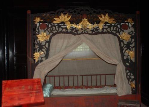 赵一曼故居赵一曼少年时期的卧室.(曹亚飞 摄)